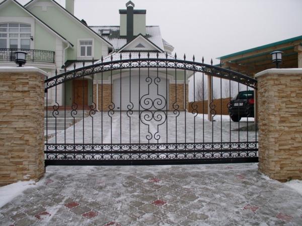 Металические технические и тамбурные двери