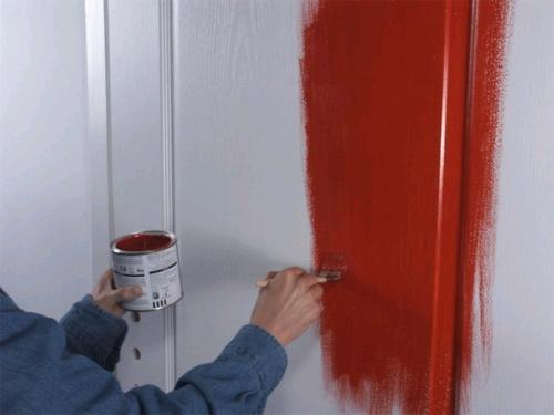 Чем можно покрасить пластиковую дверь